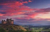 Rock-of-Cashel-Ancient-seat-of-King-of-Munster-Co.-Tipperary-Munster-Vales-in-Irelands-Ancient-East